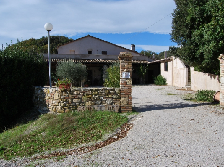 Agriturismo with pool , restaurant, campsite and tennis court.