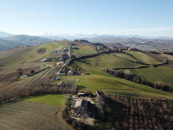 Farmhouse with Sibillini Mountains view