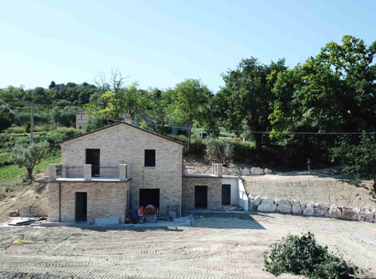 marche property with sea view